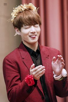 Find images and videos about kpop, bts and jungkook on We Heart It - the app to get lost in what you love. Bts Jungkook, Taehyung, Bts Jin, Jung Kook, Jung Hyun, Bts France, Bangtan France, Busan, Foto Bts