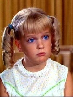 Cindy Brady - The Brady Bunch Characters The Brady Bunch, Cute Little Girl Dresses, Cute Little Girls, Brady Kids, Eve Plumb, Robert Reed, Melrose Place, Saved By The Bell, Family Tv