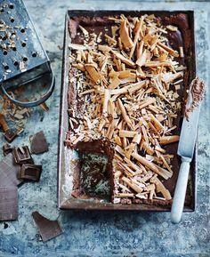 Suklaapiirakka tekee vaivaansa suuremman vaikutuksen - Kiusauksessa - Kiusauksessa - Helsingin Sanomat I Love Food, No Bake Cake, Chocolate, Desserts, Crafts, Baking Cakes, Tailgate Desserts, Deserts, Manualidades