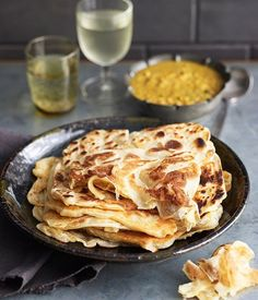 Roti canai by Tony Tan - Australian Gourmet Traveller recipe Roti Canai Recipe, Dhal Recipe, Indian Food Recipes, Gourmet Recipes, Cooking Recipes, Ethnic Recipes, A Food, Food And Drink, Muffin