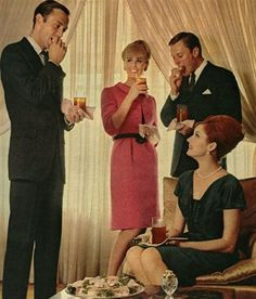 The Swinging Sixties — A cocktail party. Mad Men Party, Man Party, Mad Men Fashion, Vintage Fashion, Vintage Style, Men's Fashion, Christmas Cocktail Party, Cocktail Parties, Christmas Ad
