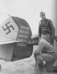 Hans-Joachim Marseille B 17, North African Campaign, Flying Ace, Victoria, Fighter Pilot, Japan, Luftwaffe, Rare Photos, World War Two