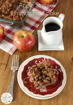 Apple Streusel French Toast Bake Recipe l www.a-kitchen-addiction.com