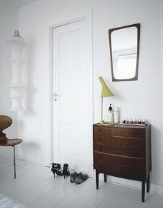 Türen in der Wandfarbe streichen - das vergrößert
