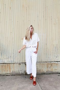 How amazing is this all white look with a pop of colored mules!!