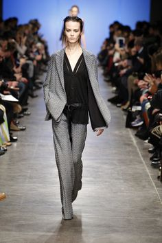 Milan Fashion Week - Missoni Women's Fashion Show Fall/Winter 2013/2014 - http://olschis-world.de/  #Missoni #Womenswear #Fashion