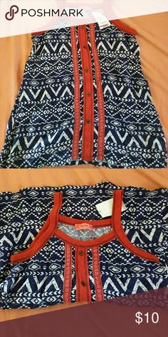 ♥️Nwt Spaghetti strap top NWT fake buttons spoiled Tops Camisoles