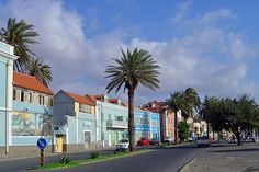 Avenida Marginal, Mindelo, São Vicente Island.  Foto: ©2006 Francisco Santos