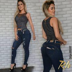 de4bc34cd Coleção 2019 Outono Inverno De Moda Jeans Aqui Na Venusto Magazine. Venha  Conferir As Novidades Das Melhores Marcas Em Jeans Feminino.