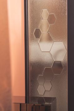 Glass as a material can be adapted to multiple uses in interior design. All our products can be provided with a unique pattern. Collage, Glass Shower Doors, Glass Panels, Your Design, Art Pieces, Pink, Interior Design, Bathroom, Unique