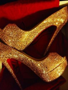 other girls dream about the dress, I just dream about the shoes #gold and #sparkly just the way I like it!
