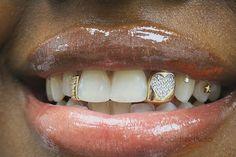 Hip Hop Jewelry, Custom Bubble Letters, Iced Out Jewelry, Gold Grillz Cute Jewelry, Body Jewelry, Tooth Jewelry, Dental Jewelry, Fancy Jewellery, Gems Jewelry, Girls With Grills, Girl Grillz, Diamond Grillz