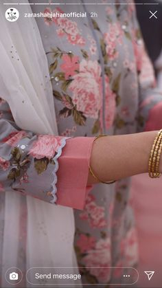 Best 12 Kurti designs for stitch – Page 133700682673498425 – SkillOfKing. Kurti Sleeves Design, Sleeves Designs For Dresses, Kurta Neck Design, Neck Designs For Suits, Dress Neck Designs, Sleeve Designs For Kurtis, Neck Design For Kurtis, Kurta Designs Women, Salwar Designs