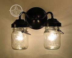 Vintage CLEAR Canning Jar DOUBLE Sconce por LampGoods en Etsy