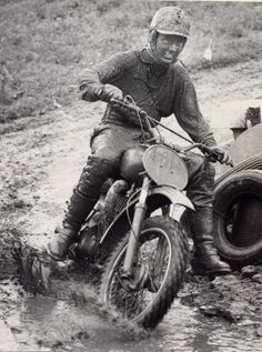 Torsten Hallman was Grand Prix's first ever real worldwide hero. It was the four times world motocross champion who ventured to America at a young age, and brought interest to the American sc… Mx Bikes, Motocross Bikes, Vintage Motocross, Cool Bikes, Flat Track Motorcycle, Flat Track Racing, Scooter Motorcycle, Vintage Bikes, Vintage Motorcycles