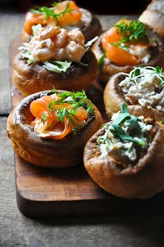 Mini yorkshire puddings stuffed with deliciousness