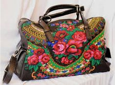 haine traditionale romanesti - Căutare Google Floral Clutches, Floral Bags, Floral Fabric, Best Handbags, Nice Handbags, Dirndl Dress, Big Shoulders, Festival Dress, Paisley Print