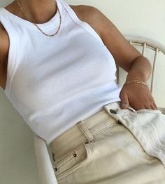Fashion Tips Quotes .Fashion Tips Quotes Adrette Outfits, Cute Casual Outfits, Outfits For Teens, Fashion Outfits, Fashion Tips, Fashion Trends, Diy Fashion, Fall Outfits, Tank Top Outfits