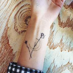 24 tatuajes minimalistas para mujeres que son sencillamente perfcetos…