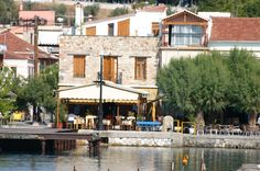 Taverna by the water