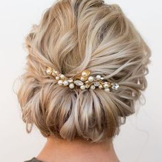 Short hair updo. Tim