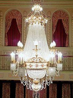 Lobby chandelier Genessee Theatre Waukegan IL