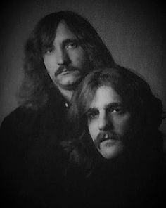 Joe Walsh and Glenn Frey Eagles Music, Eagles Lyrics, Eagles Band, Great Bands, Cool Bands, History Of The Eagles, Glen Frey, Bernie Leadon, Best Selling Albums