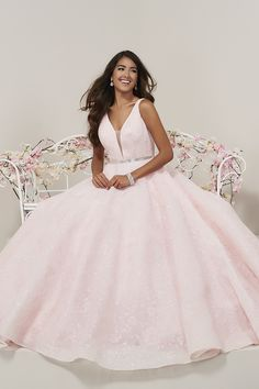 9500b1a2cb4 130 Best Promdress images in 2019