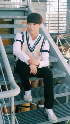 MoonBin (ASTRO) #Eunwoo #JinJin #MoonBin #MJ #Rocky #Sanha