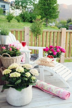 jordbærpiken: NIB-utfordring juni: hage/uteplass