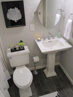 I don't know why it's taken meforever to post about the completed basement/guest bathroom, but here it is. Sorry it took me so long to ge...