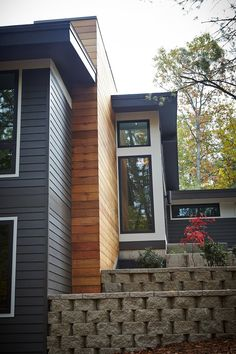 Ranch Exterior, House Paint Exterior, Exterior Remodel, Modern Exterior, Exterior Colors, Mid Century Exterior, Modern Ranch, Modern Architects, Mid Century House