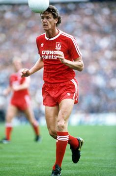 September Gary Gillespie, Liverpool Get premium, high resolution news photos at Getty Images Liverpool Players, Liverpool Football Club, Liverpool Fc, This Is Anfield, Chelsea, Soccer, Running, Sports, Legends