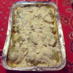 lasagne al pesto, con patate e cuore di mozzarella.