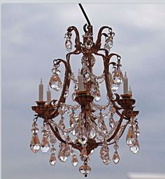 Chandelier scale 1:12  made by Cilla Hallbert .... So beautiful