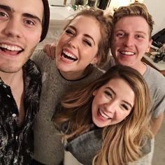 Poppy, Sean, Zoë, and Alfie! Youtube Names, T Youtube, Poppy Deyes, Pointless Blog, Celebrity Selfies, Love You Friend, Zoe Sugg, Love Your Family, Joey Graceffa