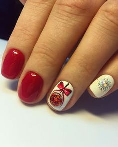 Festive Christmas Nail Designs for An outstanding Christmas nail art can help you get into the Christmas spirit.Hopefully you will find yours from this list and make you stand out this season. Cute Christmas Nails, Xmas Nails, Red Nails, Christmas Manicure, Aycrlic Nails, Blue Nail, White Nail, Manicures, Christmas Ideas