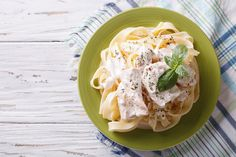 Cottage Cheese Pasta Sauce: Enjoy pasta the healthier way with this low-calorie sauce recipe.