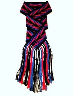 Cherokee Finger Weaving Native American Regalia, Native American Crafts, Native American Beadwork, Native American Fashion, Native American Jewelry, Finger Weaving, Weaving Yarn, Hand Weaving, Inkle Loom