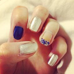 Blue and sliver nails. Love these.