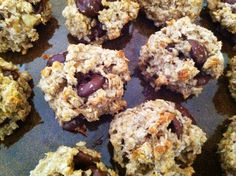 Healthy Banana Oat Cookies with Coconut & Dark Chocolate - butter-less, flour-less, egg-less, & almost sugar-less cookies (the sugar comes from the dark chocolate & bananas)