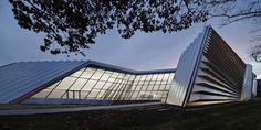 Eli and Edythe Broad Art Museum / Zaha Hadid