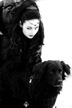 Afbeeldingsresultaat voor gothic girl with dog Victorian Goth, Gothic Steampunk, Dark Beauty, Gothic Beauty, Gothic Makeup, Death Metal, Cyberpunk, Rockabilly, Diesel