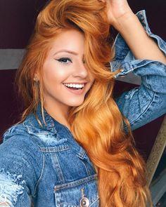 Ich bin dran = C mon tour Dränglen jouer des co… - All For Hair Color Trending Stunning Redhead, Beautiful Red Hair, Gorgeous Redhead, Red Hair Woman, Long Red Hair, Strawberry Blonde Hair, Ginger Hair, Redheads, Hair Inspiration