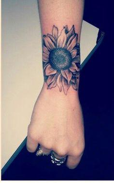 Cool Sunflower Arm Tattoo Ideas for Women – Realistic Beautiful Flower Forearm T… Sunflower tattoo – Fashion Tattoos Body Art Tattoos, Tribal Tattoos, Girl Tattoos, Small Tattoos, Sleeve Tattoos, Tatoos, Tattoo Arm, Girl Tattoo Sleeves, Arm Tattoo Ideas
