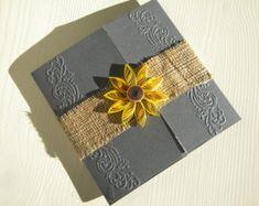 Sunflower and grey wedding invitation / Barn wedding invitation / Burlap wedding invitation / Sunflower and burlap wedding invitation