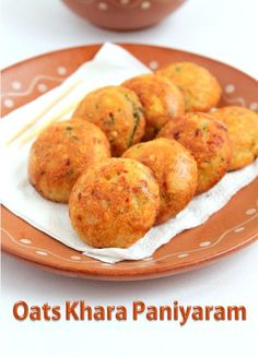 This is the Traditional khara paniyaram with oats instead of the rice. Healthy Indian Snacks, Vegetarian Snacks, Savory Snacks, Healthy Breakfast Recipes, Oats Snacks, Healthy Food, Healthy Eating, Oats Recipes Indian, Millet Recipe Indian
