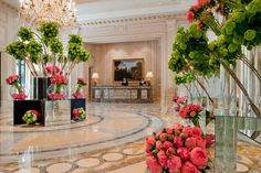 Flower Power: Acclaimed Floral Designer Jeff Leatham Opens Exclusive Workshops for Guests of Four Seasons Hotel George V Paris Four Seasons Hotel, Hotel Paris, Paris Hotels, Palaces, Peninsula Paris, Jeff Leatham, Hotel Flowers, Shangri La Hotel, Paris Restaurants