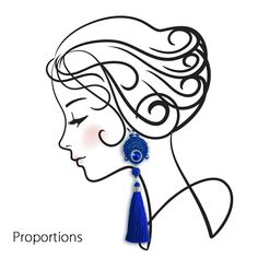 Very long tassels-earrings made in soutache technique. This soutache earrings in color Blue Sapphire are incredibly light! Each tassels - earrings weight ONLY 5 gramms!!! It's like 1 piece of A4 paper. I'm sure these soutache blue earrings will perfectly complement your evening dress.