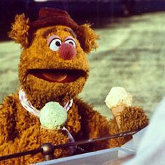 Classic Fozzie Bear scene. One dragon fly ripple for the frog. Yucka!